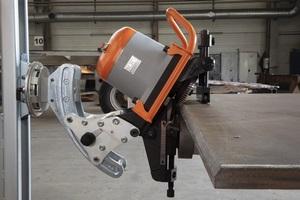 UZ29 Chanfrein sur tôle acier Métal avec Manipulateur 3D