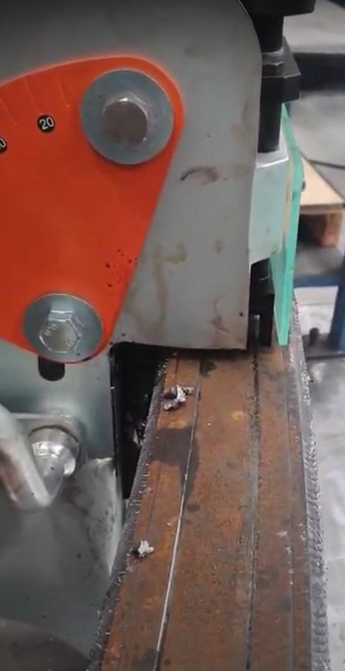 Chanfrein métal par cisaillement sur rayons intérieurs et extérieurs